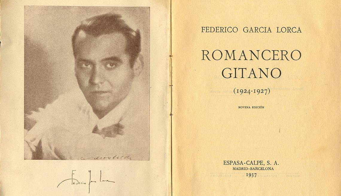 Edición de Romancero Gitano, de Federico García Lorca, publicado un año después de su muerte