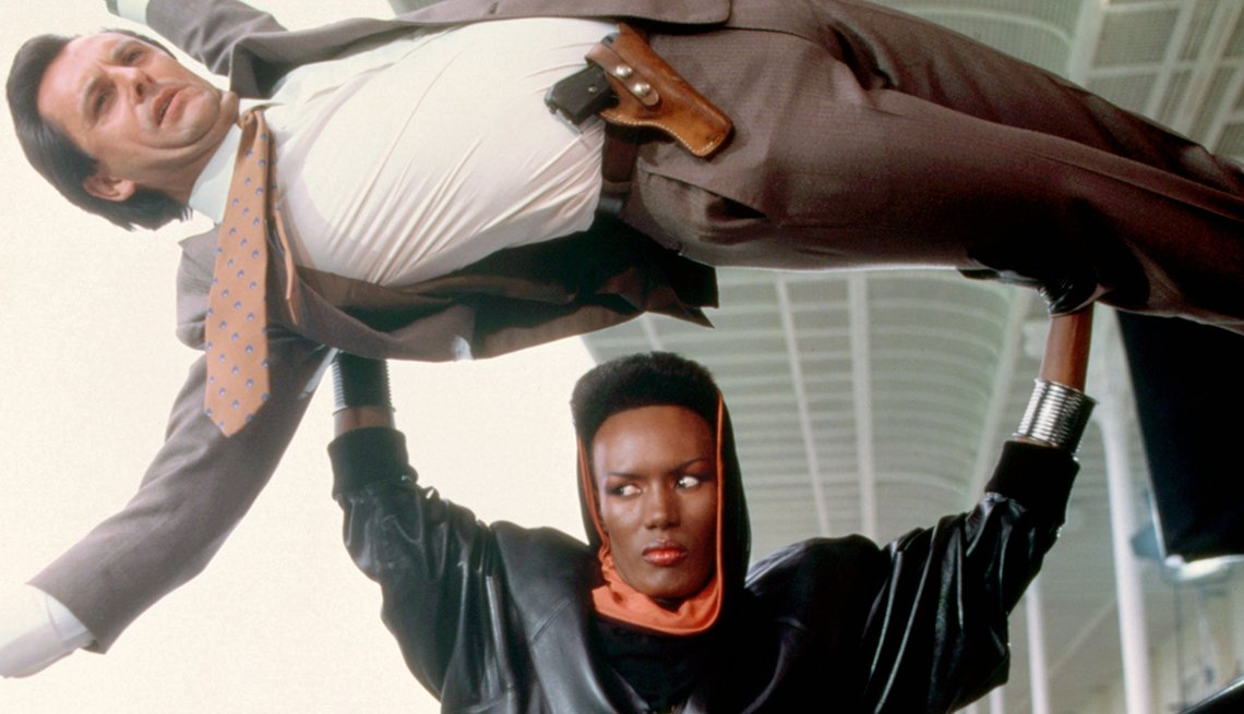 James Bond, el espía que nos ha entretenido por 50 años - Grace Jones, 'View to a Kill,' 1985