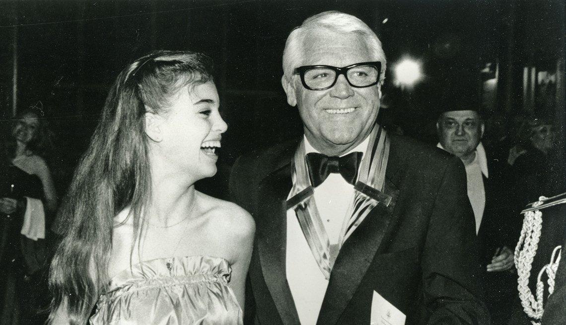 Actor inglés Cary Grant con su hija Jennifer del matrimonio con Dyan Cannon, 1986