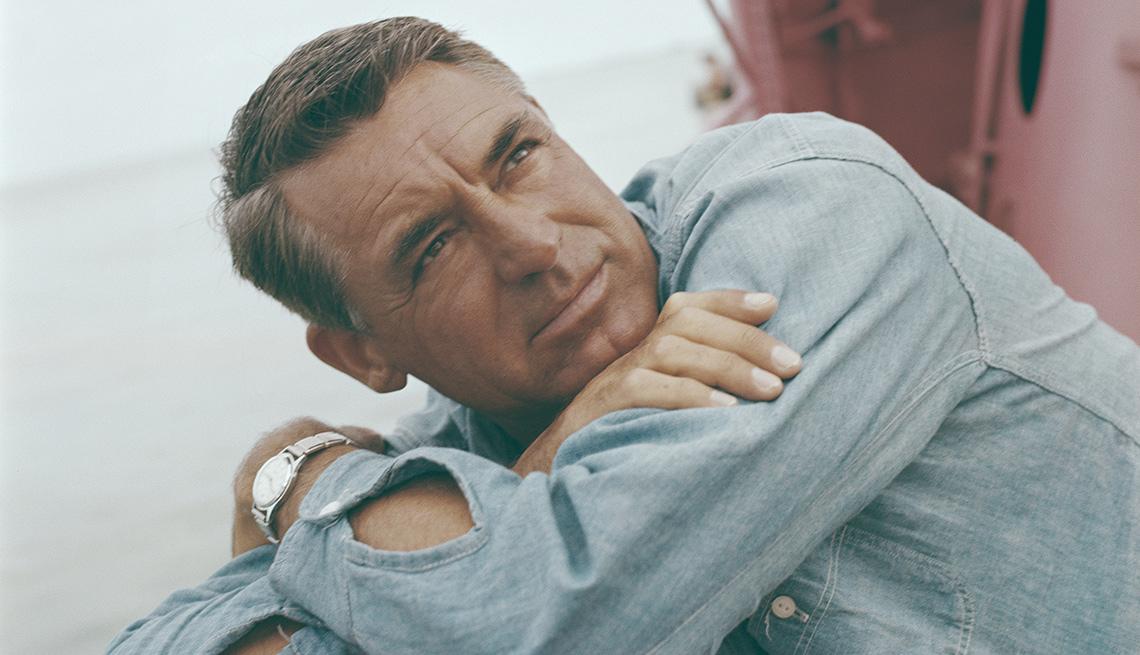 Actor inglés Cary Grant abordo de un barco, Circa, 1955