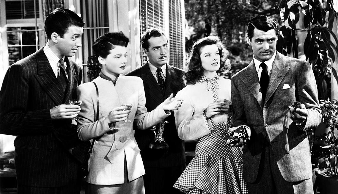 Escena de la película The Philadephia Story (1940) con  James Stewart, Ruth Hussey, John Howard, Katharine Hepburn, Cary Grant, 1940