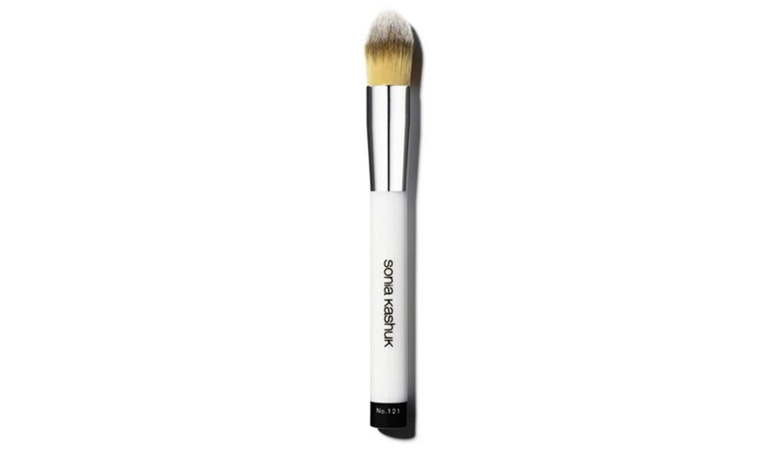 Pincel Sonia Kashuk Core Tools Synthetic Pointed Foundation Brush - No 121