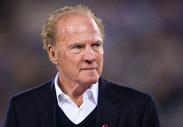 Frank Gifford, jugador de fútbol americano y comentarista deportivo de 84 años - Famosos que nos dejaron en el 2015