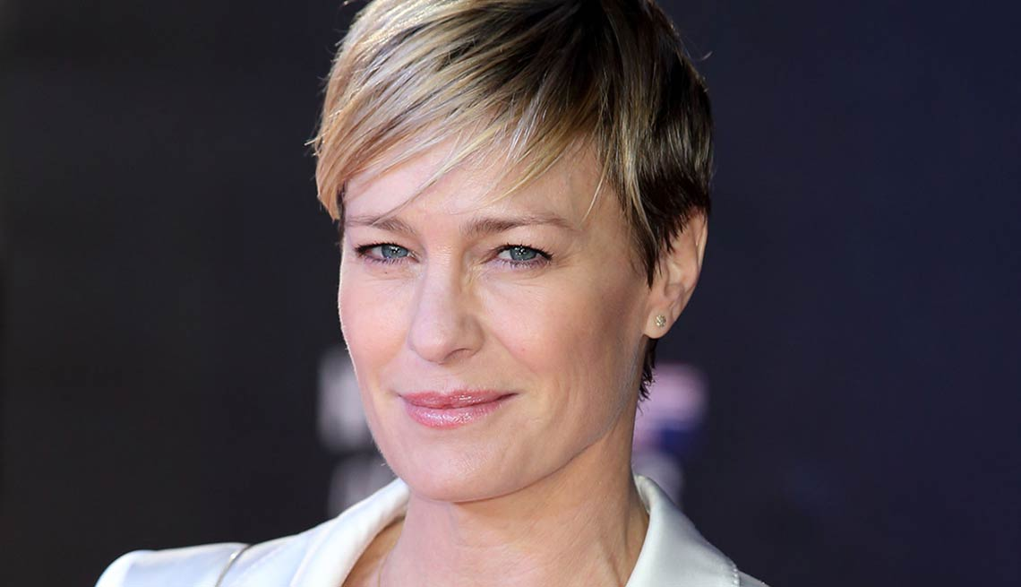Give Yourself a Valentine, new hair, Robin Wright