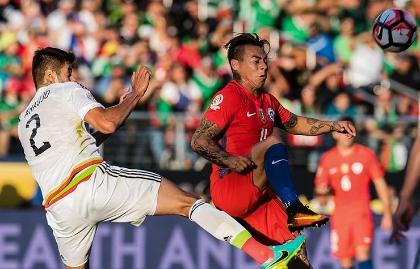 Eduardo Vargas es el goleador de Chile