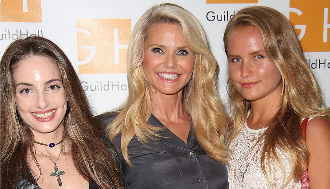 christie brinkley and daughters in sports illustrated