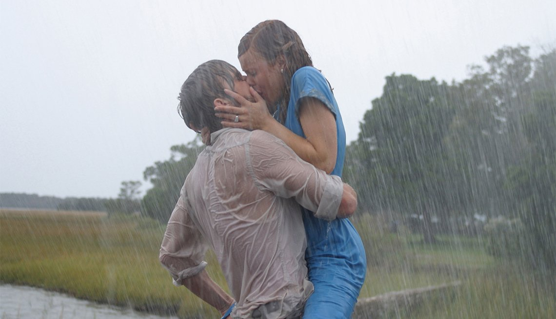 Ryan Gosling and Rachel McAdams in 'The Notebook'