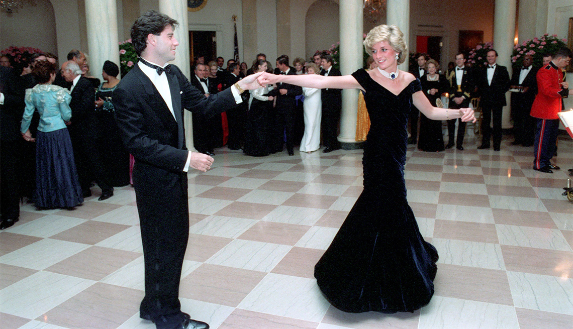 New Exhibit For Princess Diana Displays Memorable Gowns