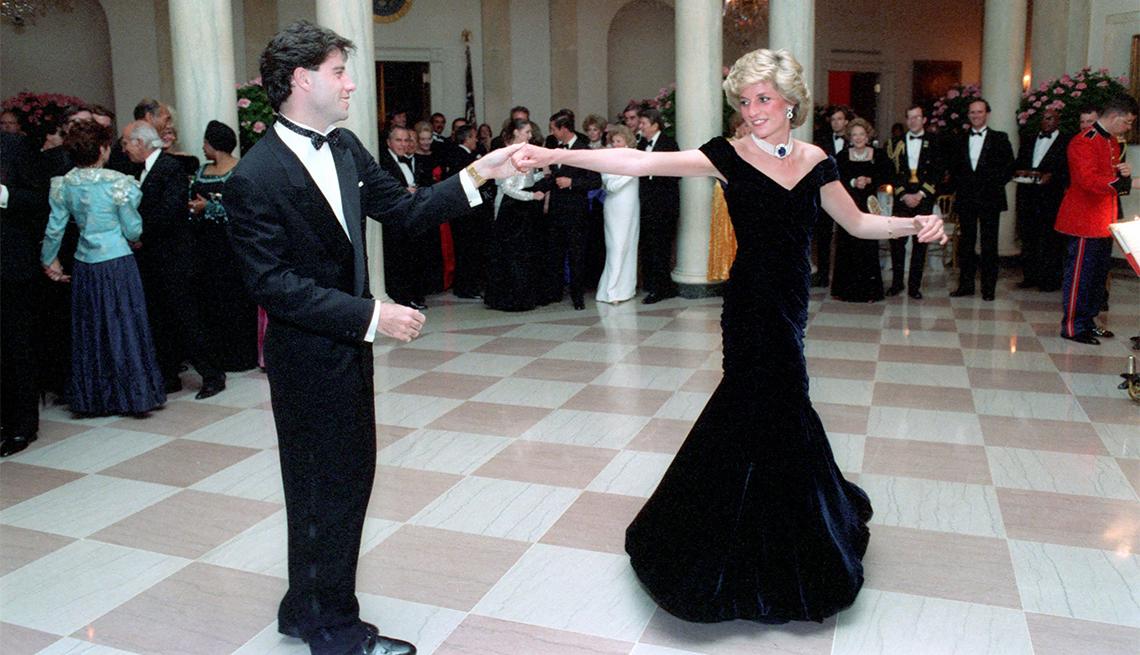 John Travolta dancing with Princess Diana in 1985
