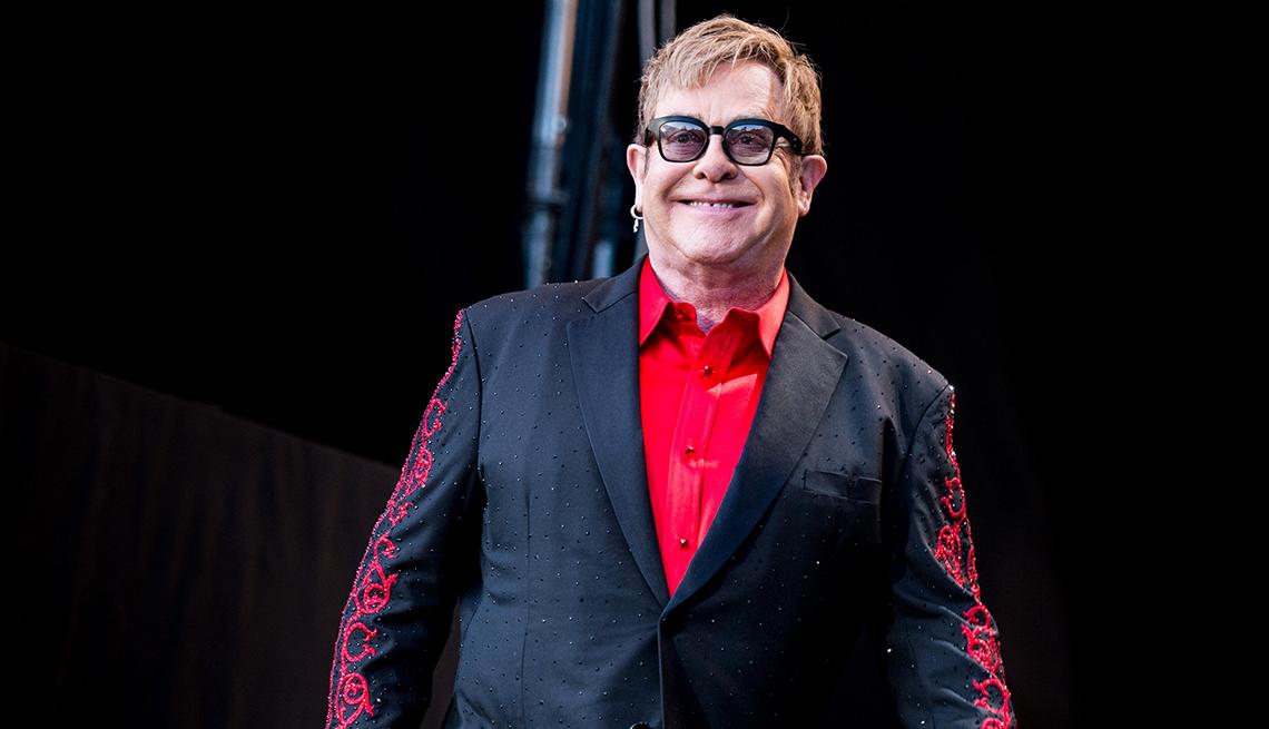 Elton John, 70