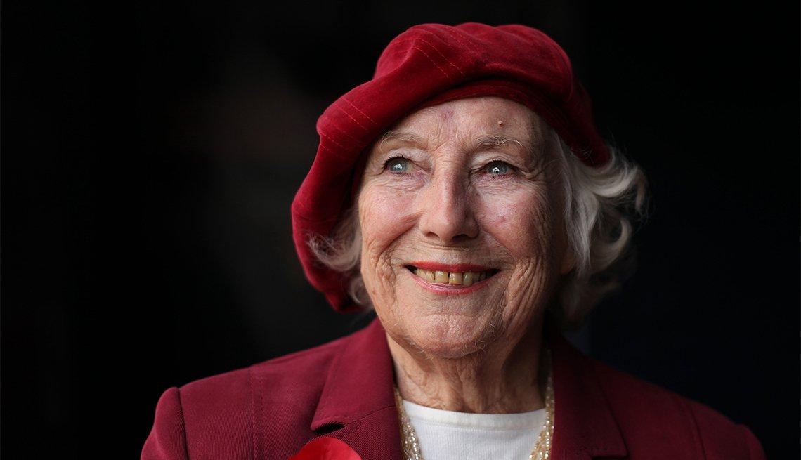 Vera Lynn, 100