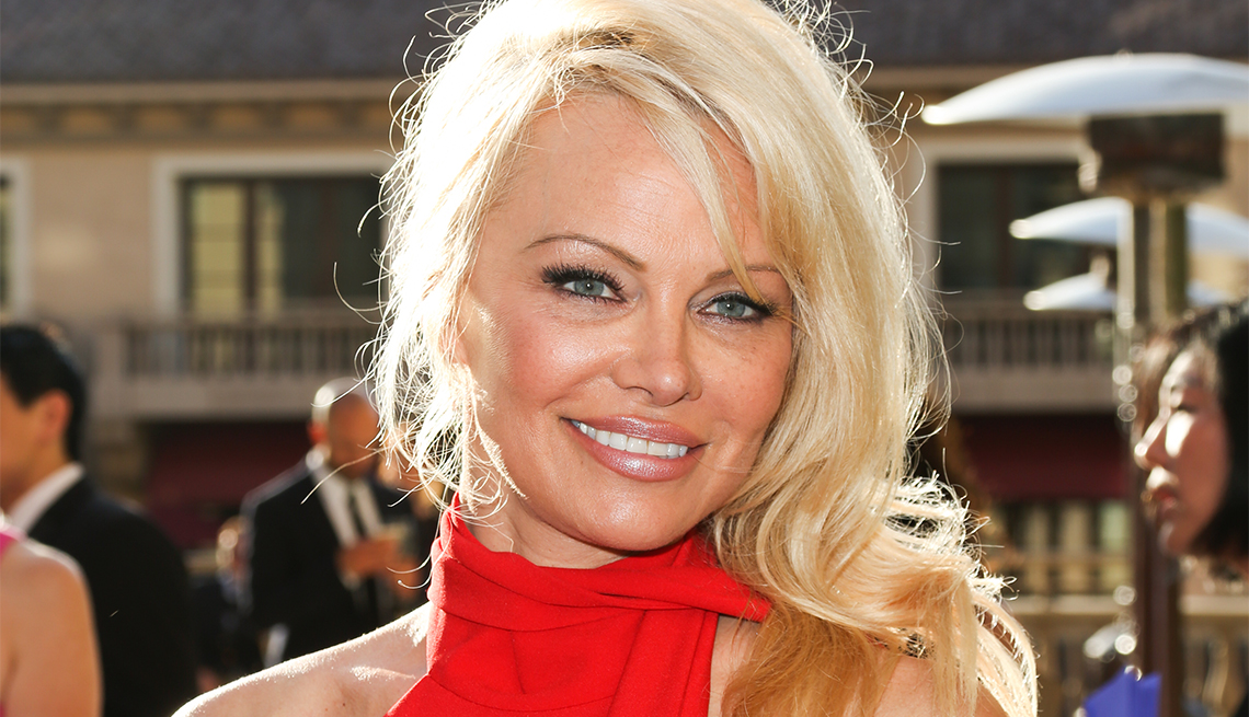 Pamela Anderson, 50