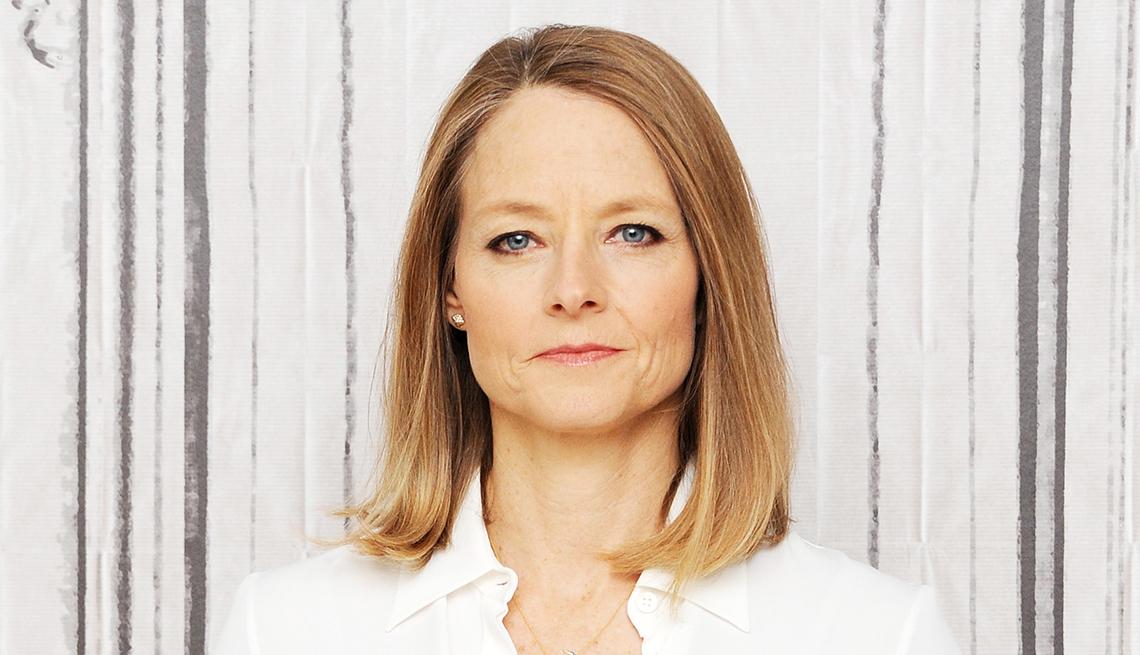 Peinados que no pasan de moda como el corte bob clásico de Jodie Foster
