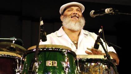 Poncho Sánchez, intérprete de jazz latino en el evento Life@50+
