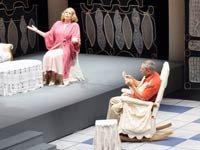 XVII Festival Internacional de Teatro Hispano de Miami producido por Teatro Avante. Los actores son Isabel Moreno, Gerardo Riverón, Rodruiguez Julio Barrios y Maribel.