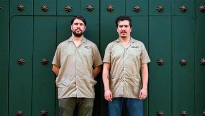 Mario Galeano y Will Holland se unieron para grabar el disco Ondatrópica.