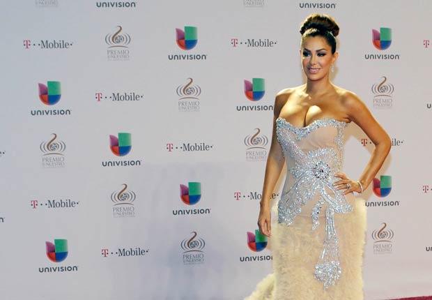 Ninel Conde fue una de la presentadoras de Premio Lo Nuestro 2013.