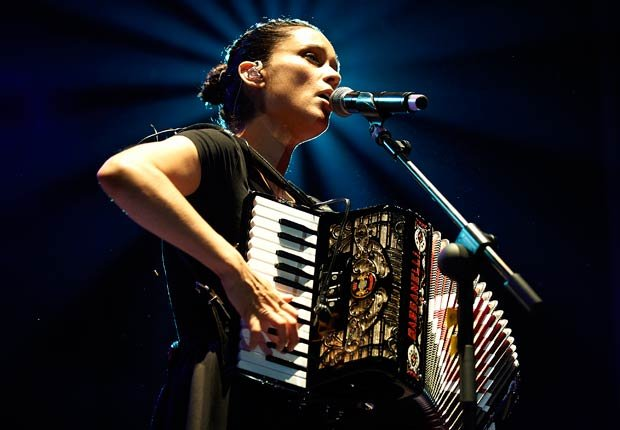 Julieta Venegas - las mejores baladas latinas para San Valentín