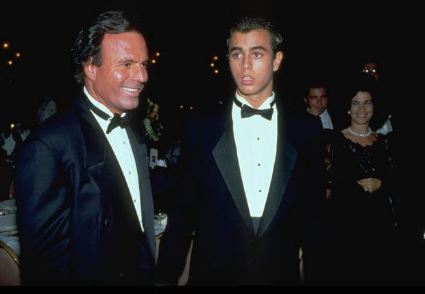 Julio Iglesias y su hijo Enrique Inglesias 1995.