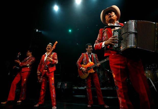 Los Tigres del Norte - 10 Clásicos de la música regional mexicana