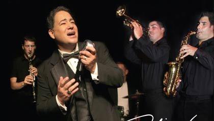 Daniel Rodríguez canta en una banda, Entrevista con el canto policía de Nueva York