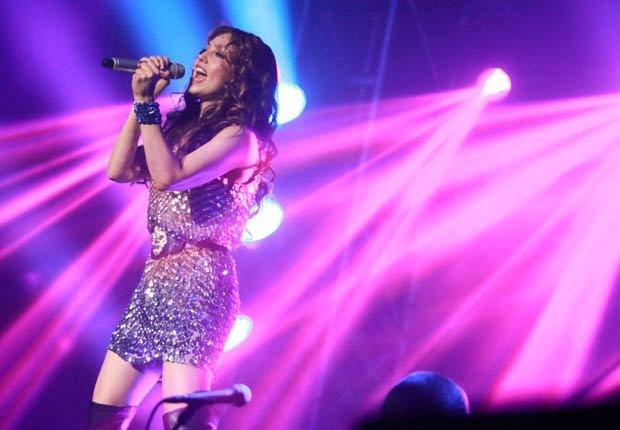 Thalia en un concierto en Los Angeles. Thalia a través de los años.