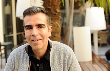 Retrato de Jorge Franco, escritor colombiano - Novela El mundo de afuera