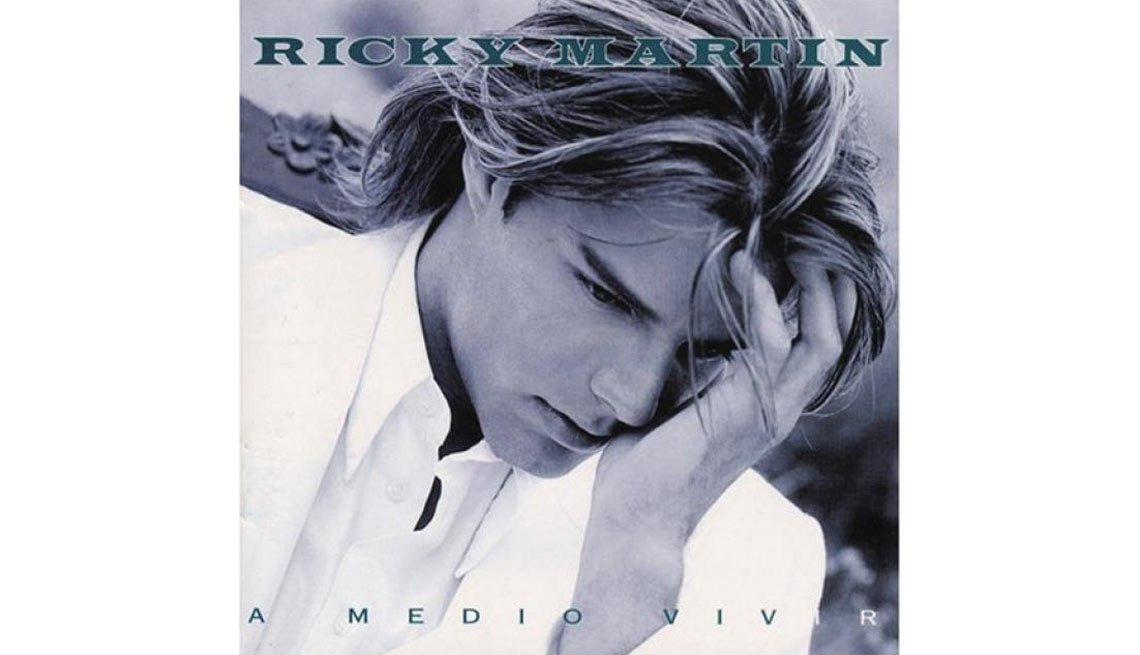 Ricky Martin -  Portada del álbum A medio vivir
