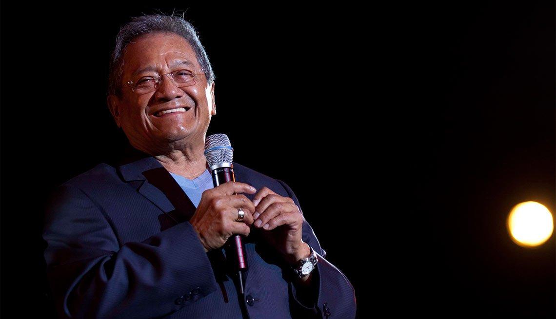 Armando Manzanero - Artistas con más de 70 años