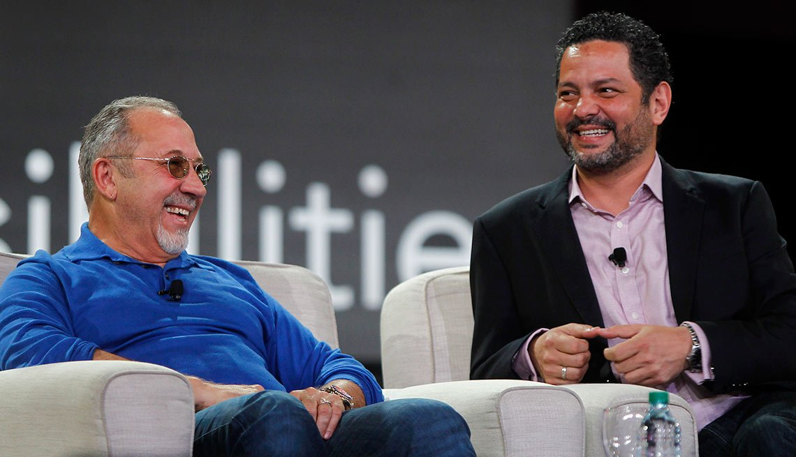 Emilio Estefan y Alexander Dinelaris Jr., creadores del musical On Your Feet