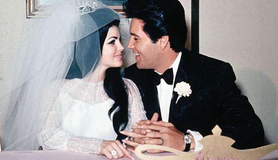 Grandes hitos en la vida y carrera de Elvis Presley - 1959, con su esposa Priscilla Ann Wagner