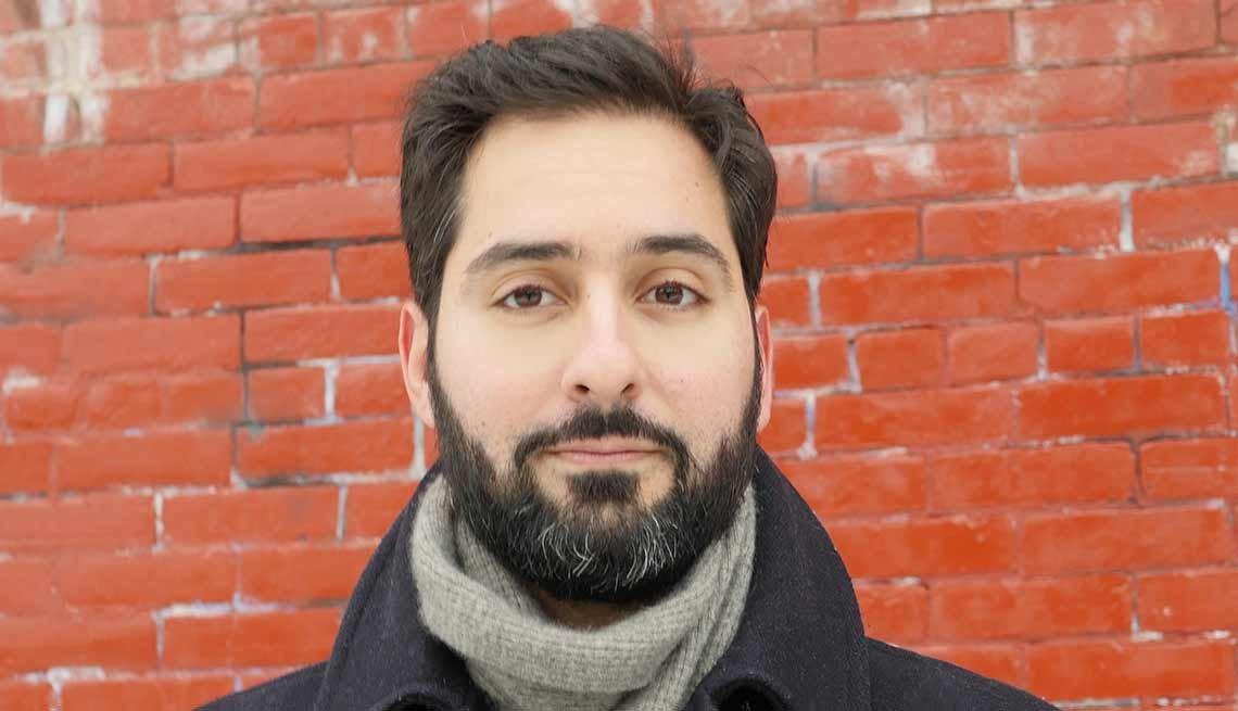 Mathew Ramirez Warren