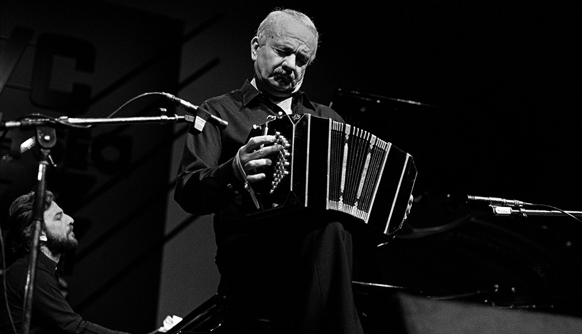 item 11 of Gallery image - Astor Piazzolla