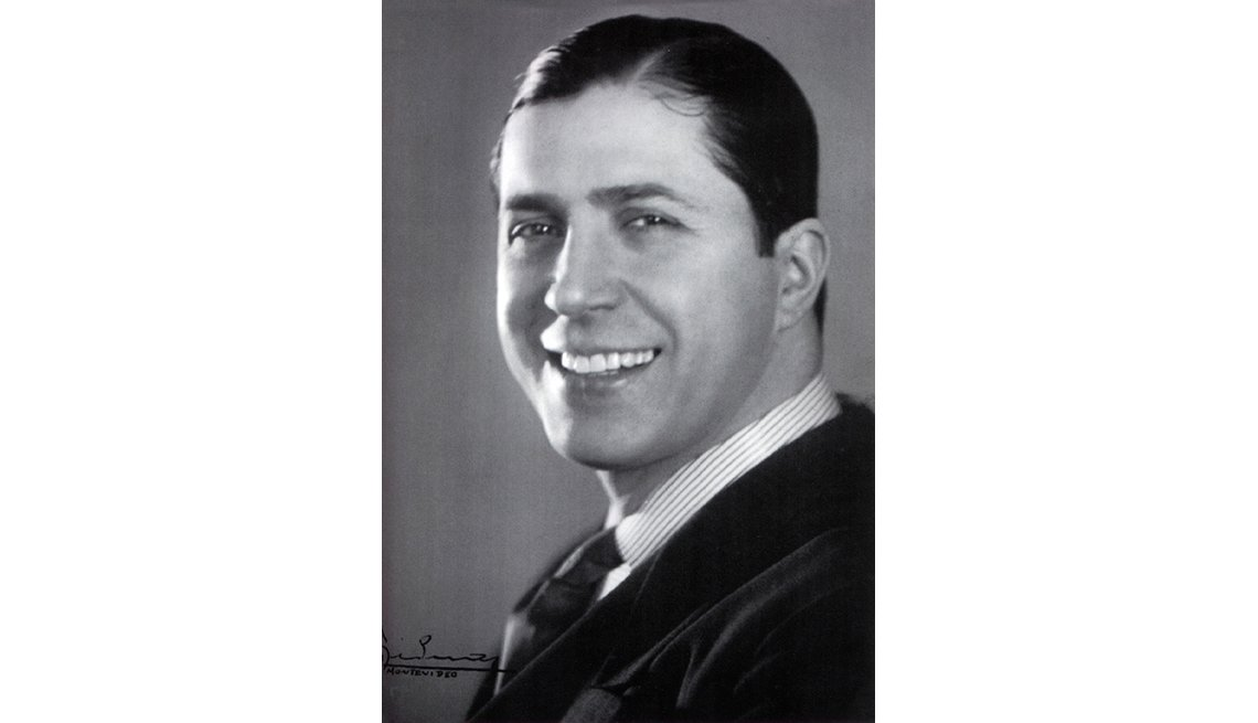 item 4 of Gallery image - Carlos Gardel