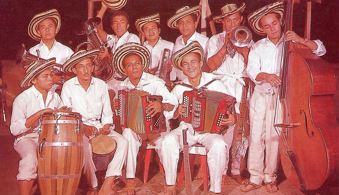item 3 of Gallery image - Los Corraleros de Majagual - Discos de la cumbia colombiana
