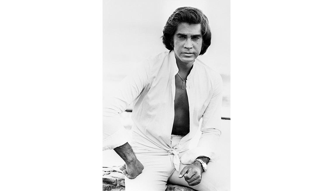 item 1 of Gallery image - José Luis Rodríguez, El Puma. Un recorrido a la carrera del cantante venezolano. En una foto para la agencia de noticias EFE. Madrid, 1979