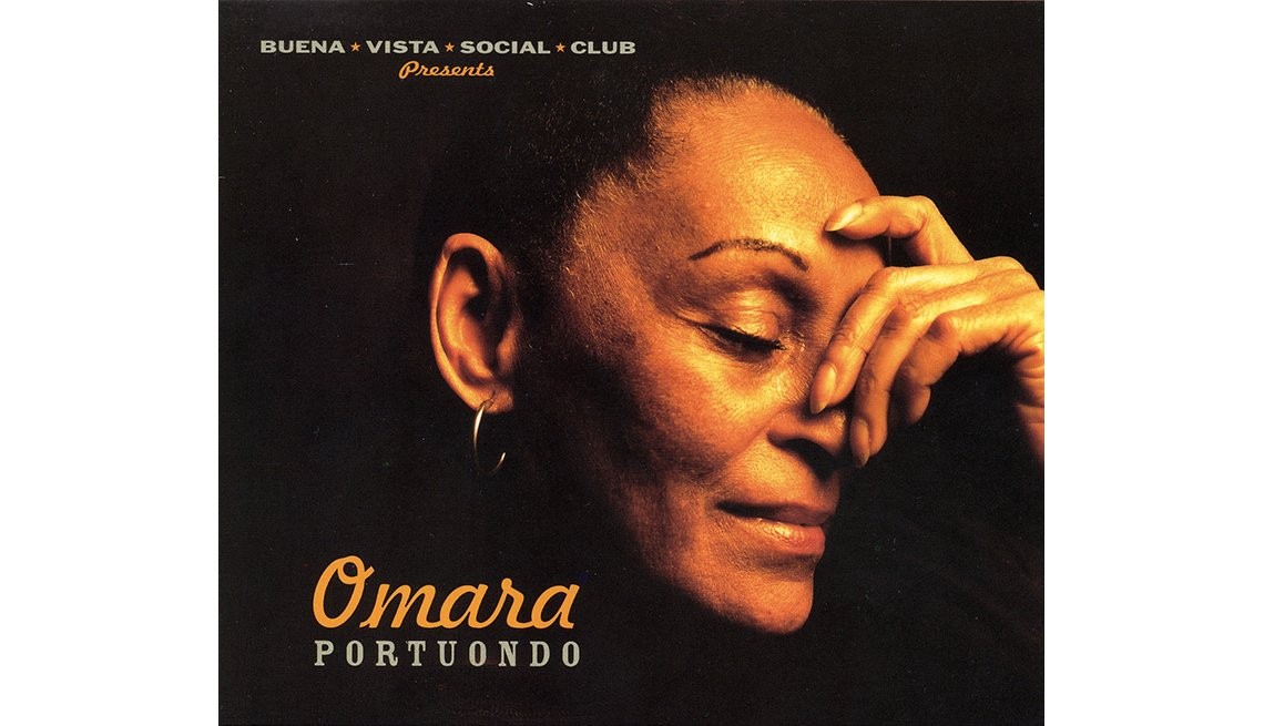 Portada del disco Omara Portuondo, de Buena Vista Social Club