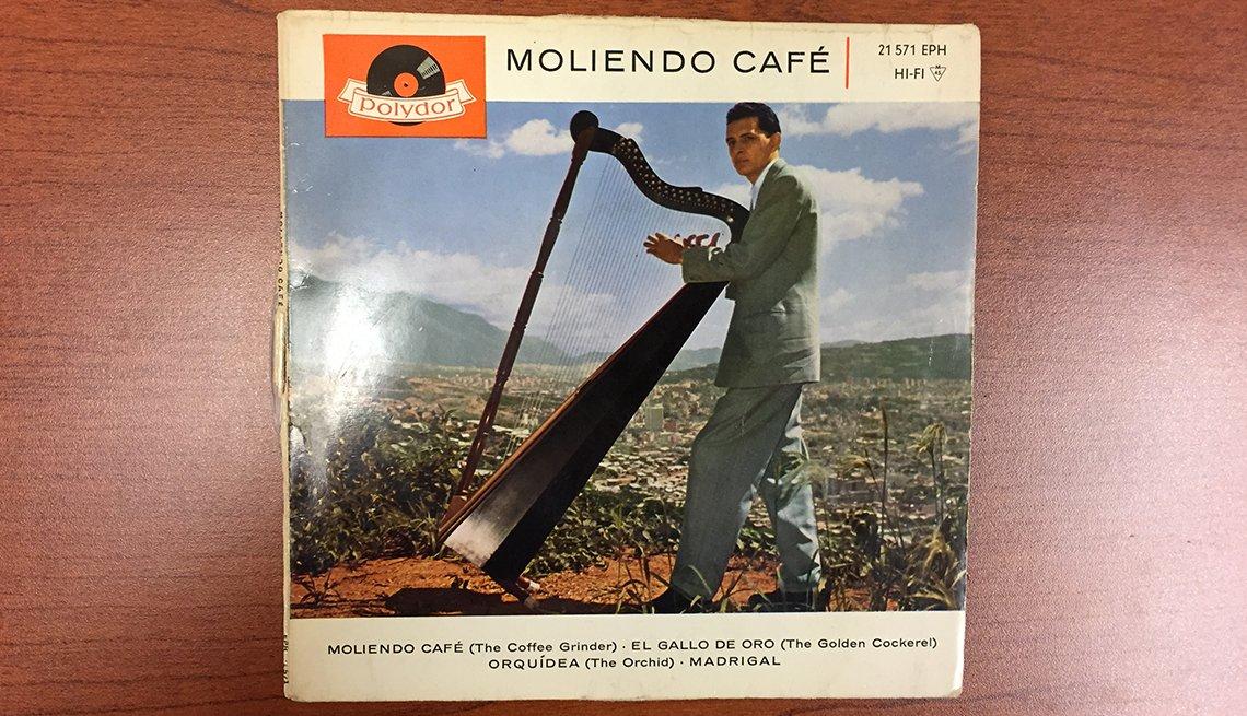 Portada del disco Moliendo Café - Canciones para los amantes del café