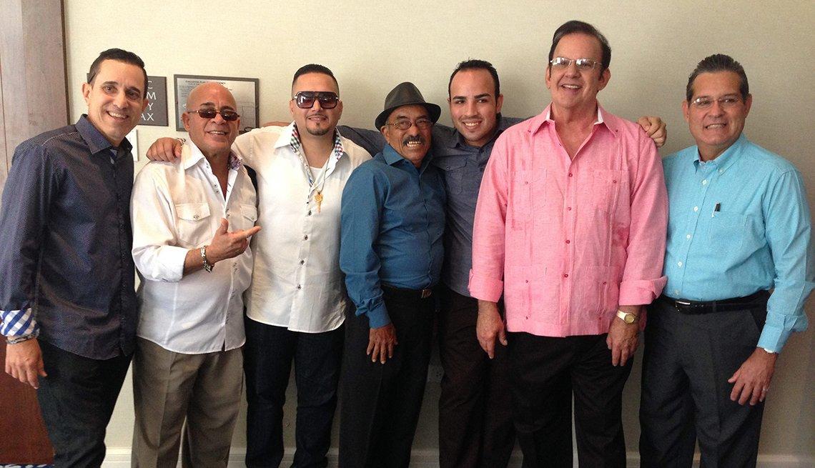Raphy Leavitt y Orquesta La Selecta - Canciones para los amantes del café