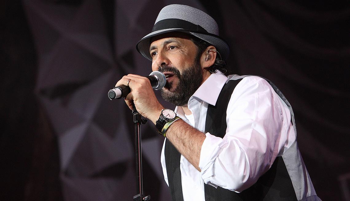 item 8 of Gallery image - Juan Luis Guerra, una de las personas del año del Latin Grammy