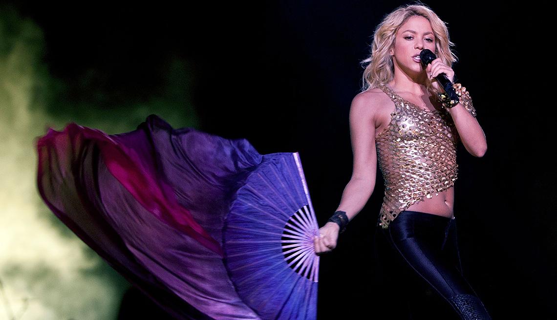item 12 of Gallery image - Shakira, una de las Personas del año del Latin Grammy