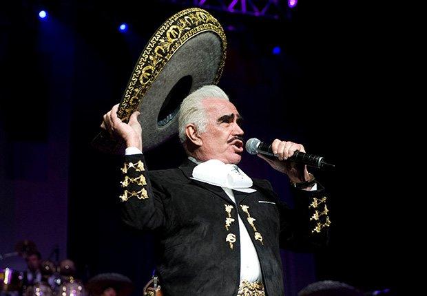 Vicente Fernández, una de las Personas del año del Latin Grammy
