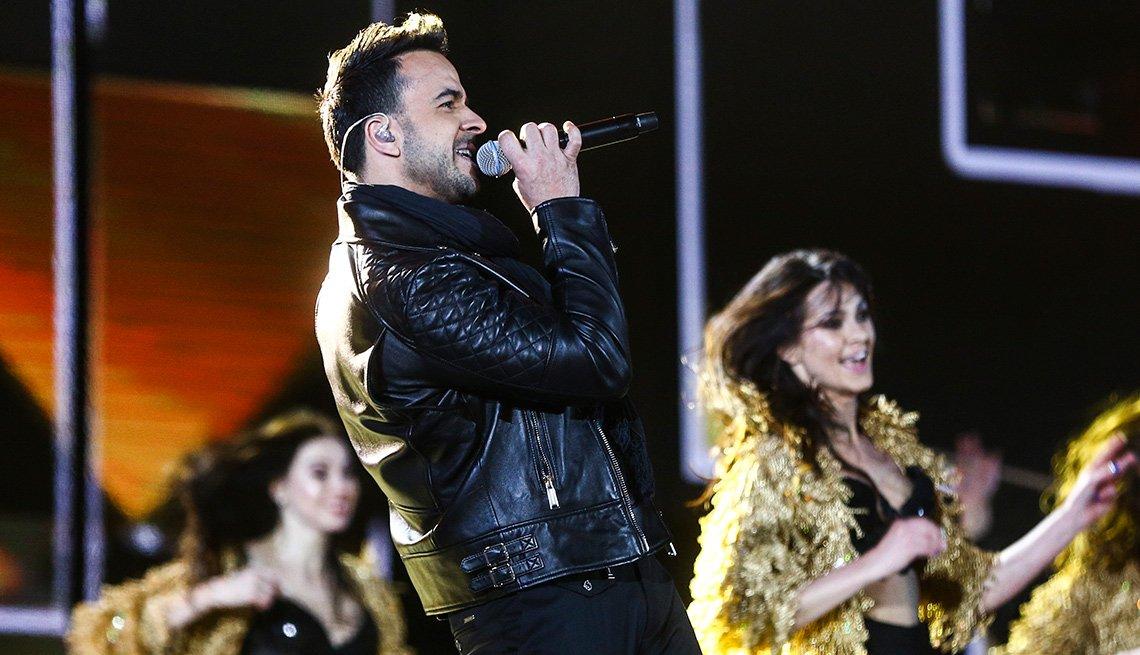 El cantautor boricua Luis Fonsi en concierto