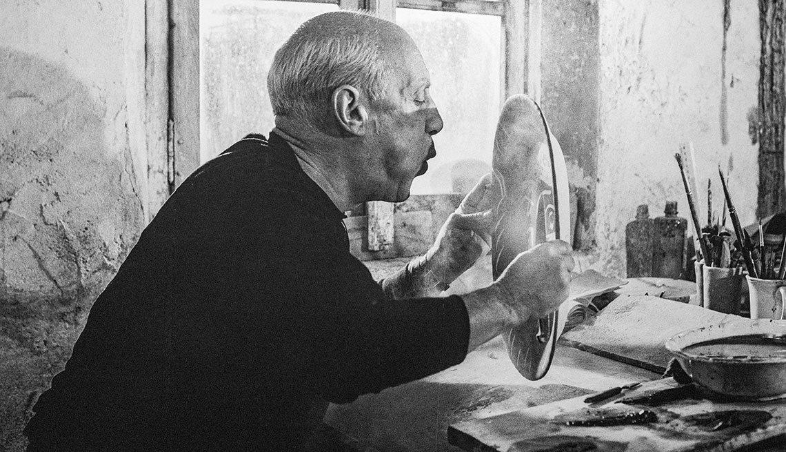 item 15, Gallery image. Pablo Picasso en el Museo Louisiana de arte moderno, en Copenhague, Dinamarca.