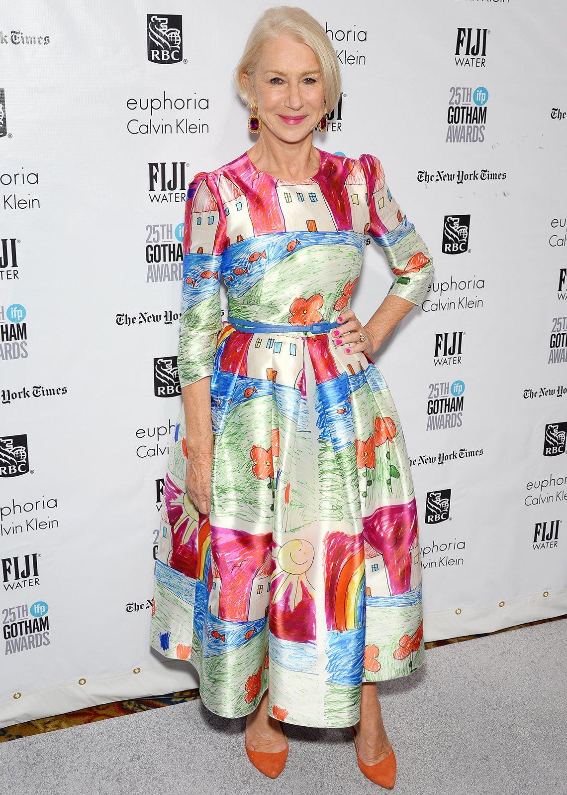 item 10, Gallery image. Helen Mirren en los 25.° Premios Anuales de Cine Independiente Gotham en el 2015