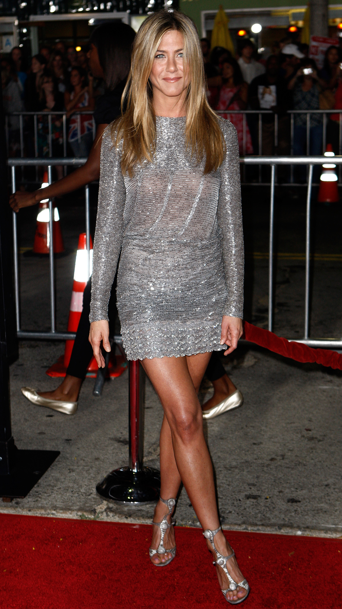 item 8 of Gallery image - Jennifer Aniston wears a party dress