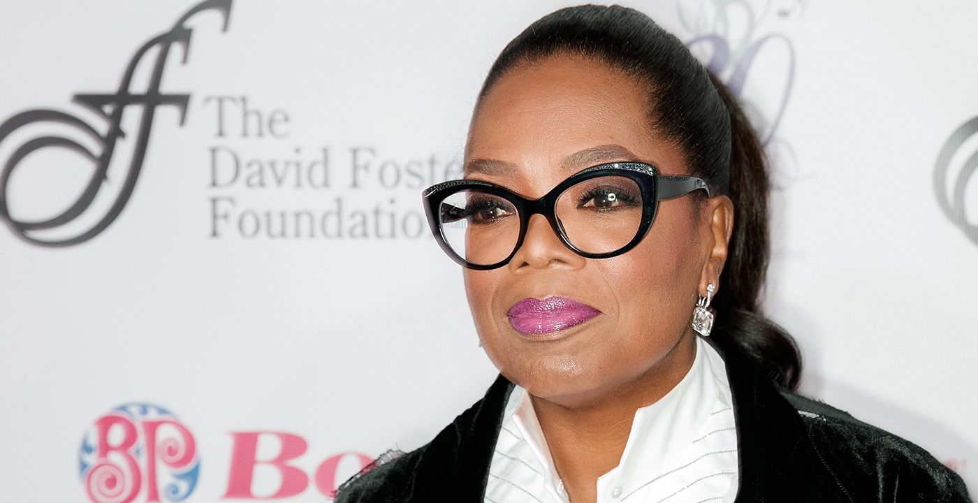 item 7 of Gallery image - Oprah Winfrey wearing statement frame eyeglasses