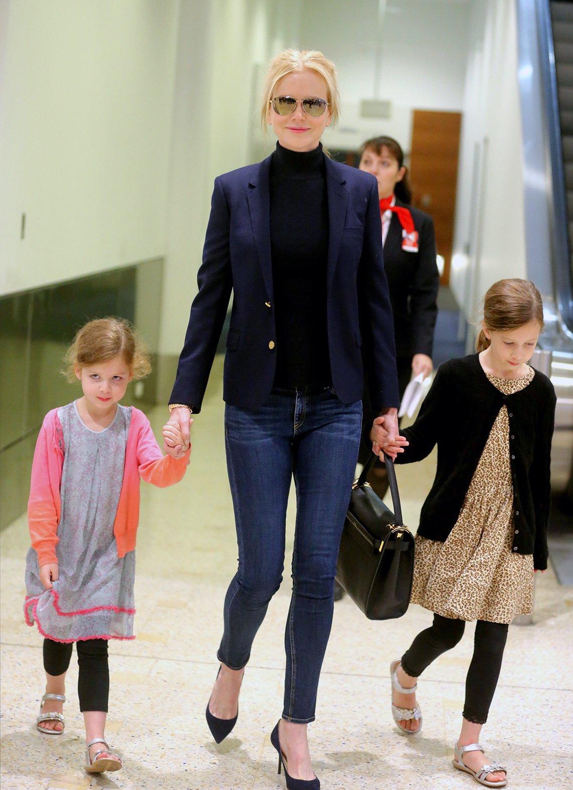 item 9, Gallery image. Nicole Kidman usando jeans.