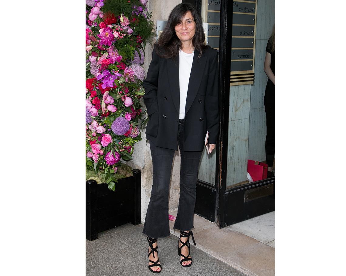 item 2 of Gallery image - Mujer usando jean negro