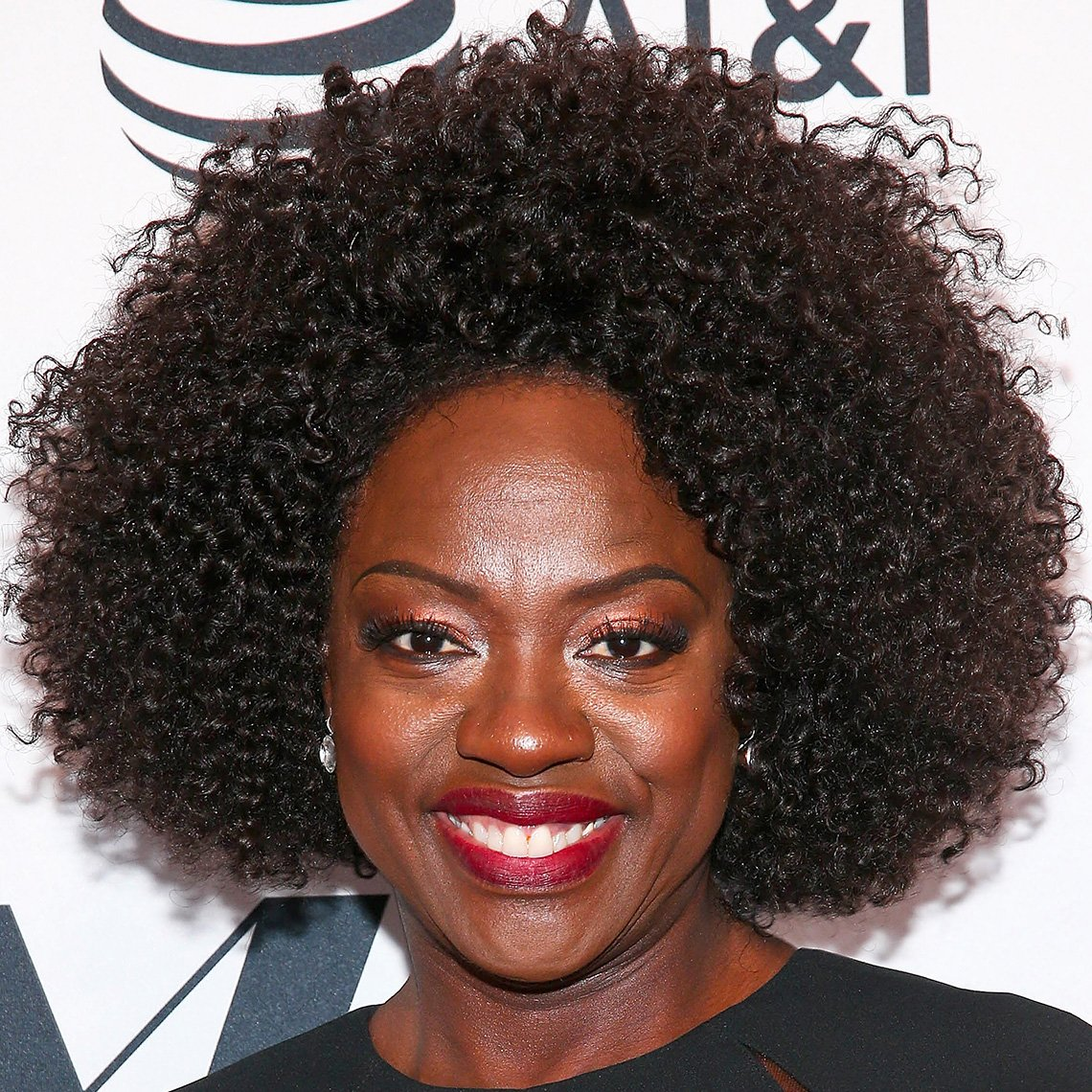 Viola Davis with tight textured ringlets